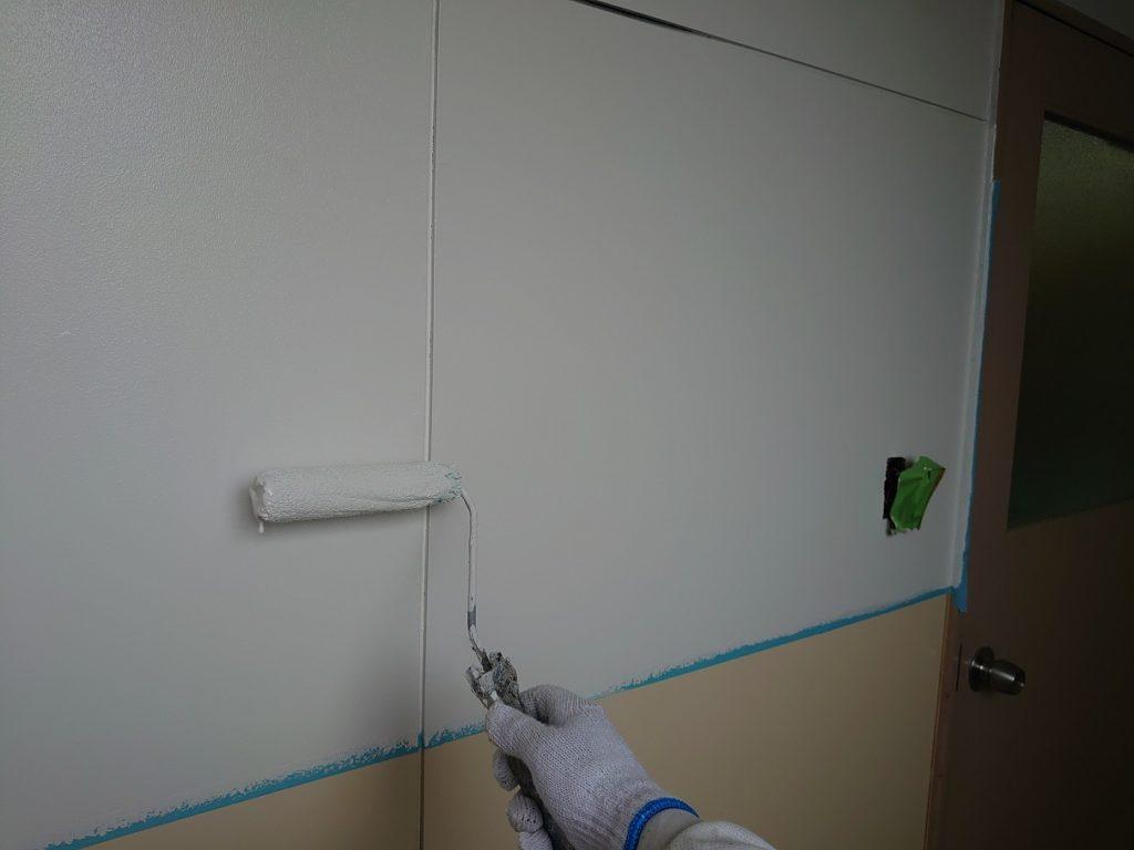室内かべの塗装